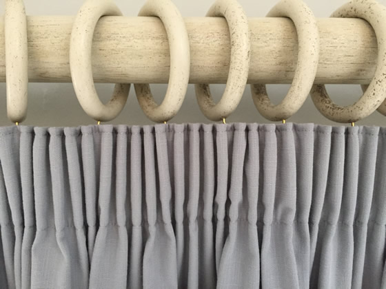 How to make a curtain - by Sew-Helpful. Full Tutorial, FREE online instructions and advice from a curtain making workroom. Make your own beautiful soft furnishings, it's easier when a professional shows you how.