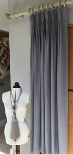 Making Triple pleat interlined curtains